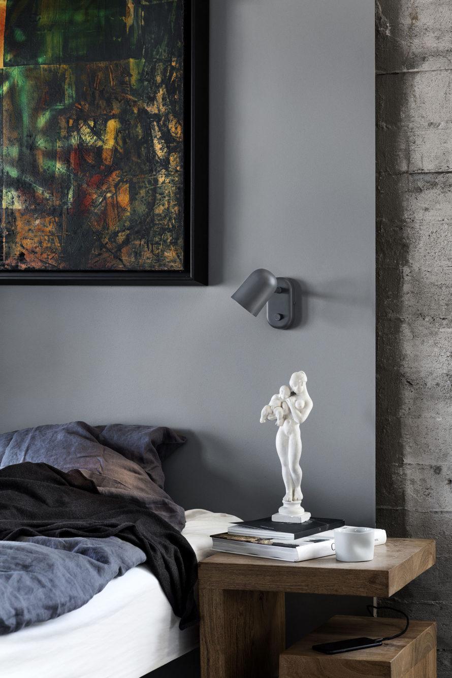 Buddy_wall_dark_grey_bedside-Northern-Photo_Chris_Tonnesen_Low-res