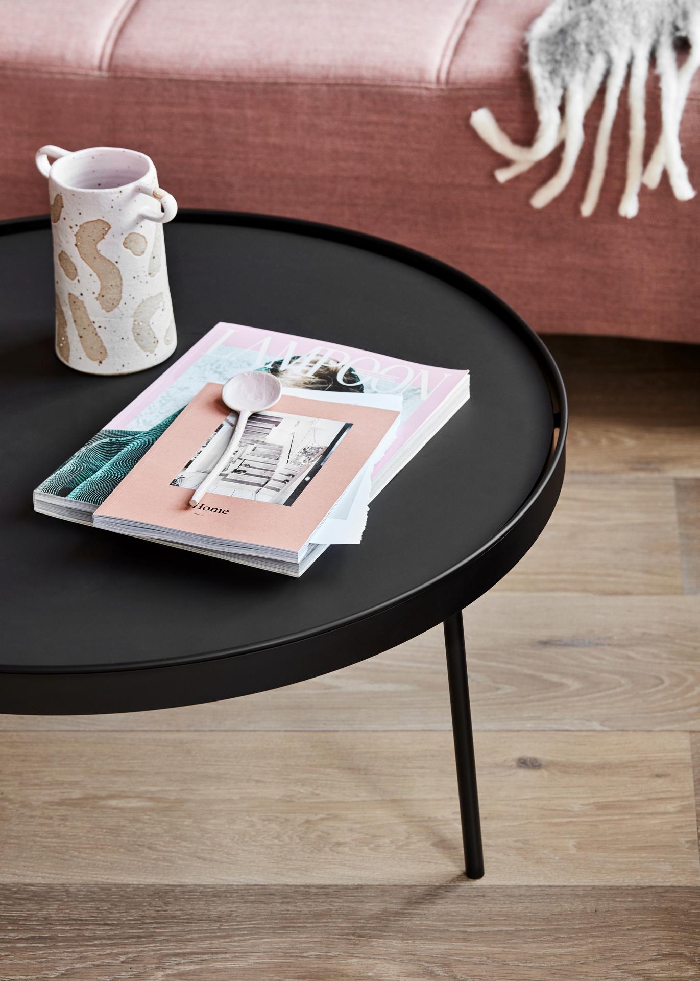 Stilk_table_large_closeup - Northern_Photo_Chris_ Tonnesen - Low res