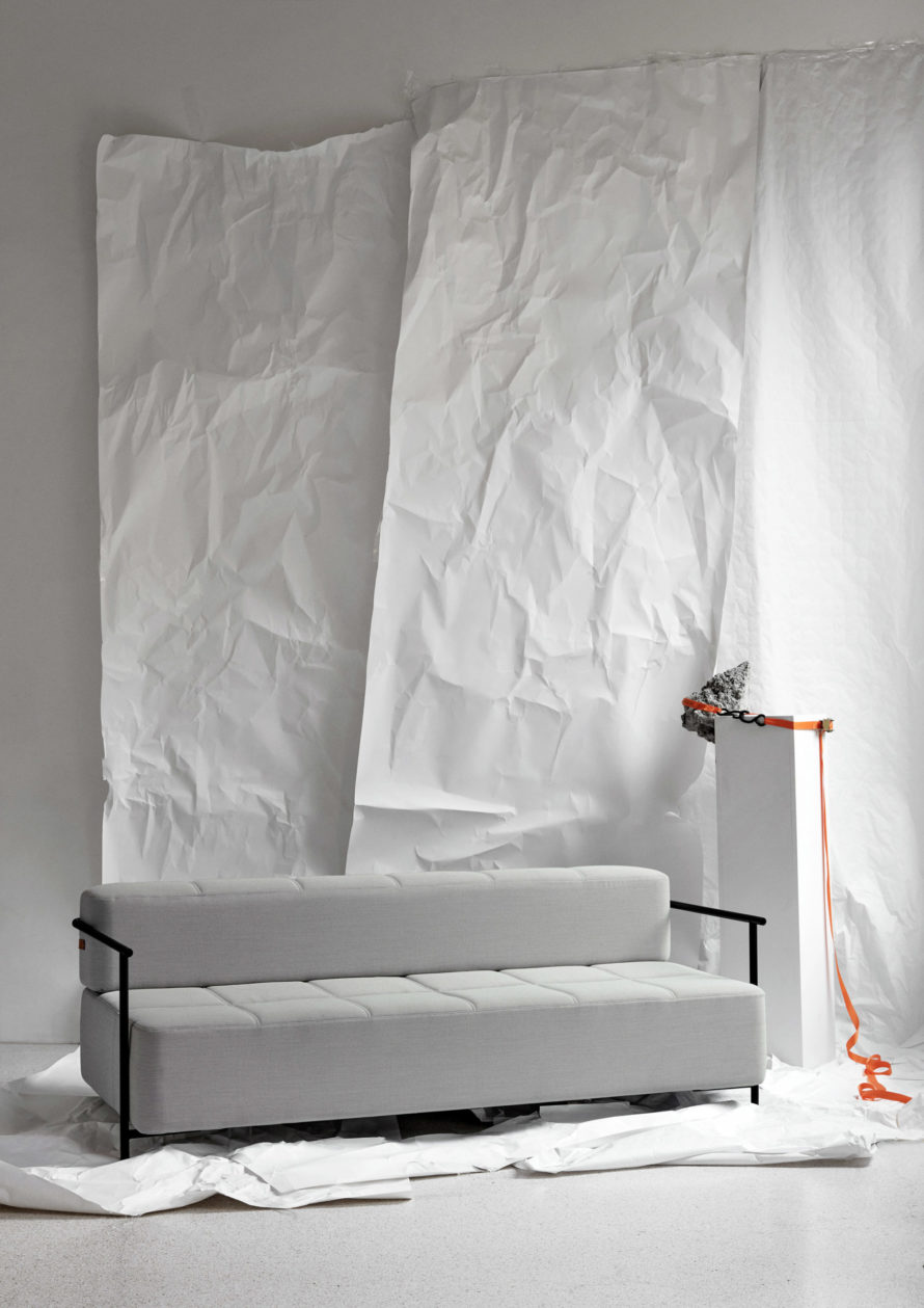 Daybe_armrest_white_paper - Northern_Photo_Chris_Tonnesen - Low res