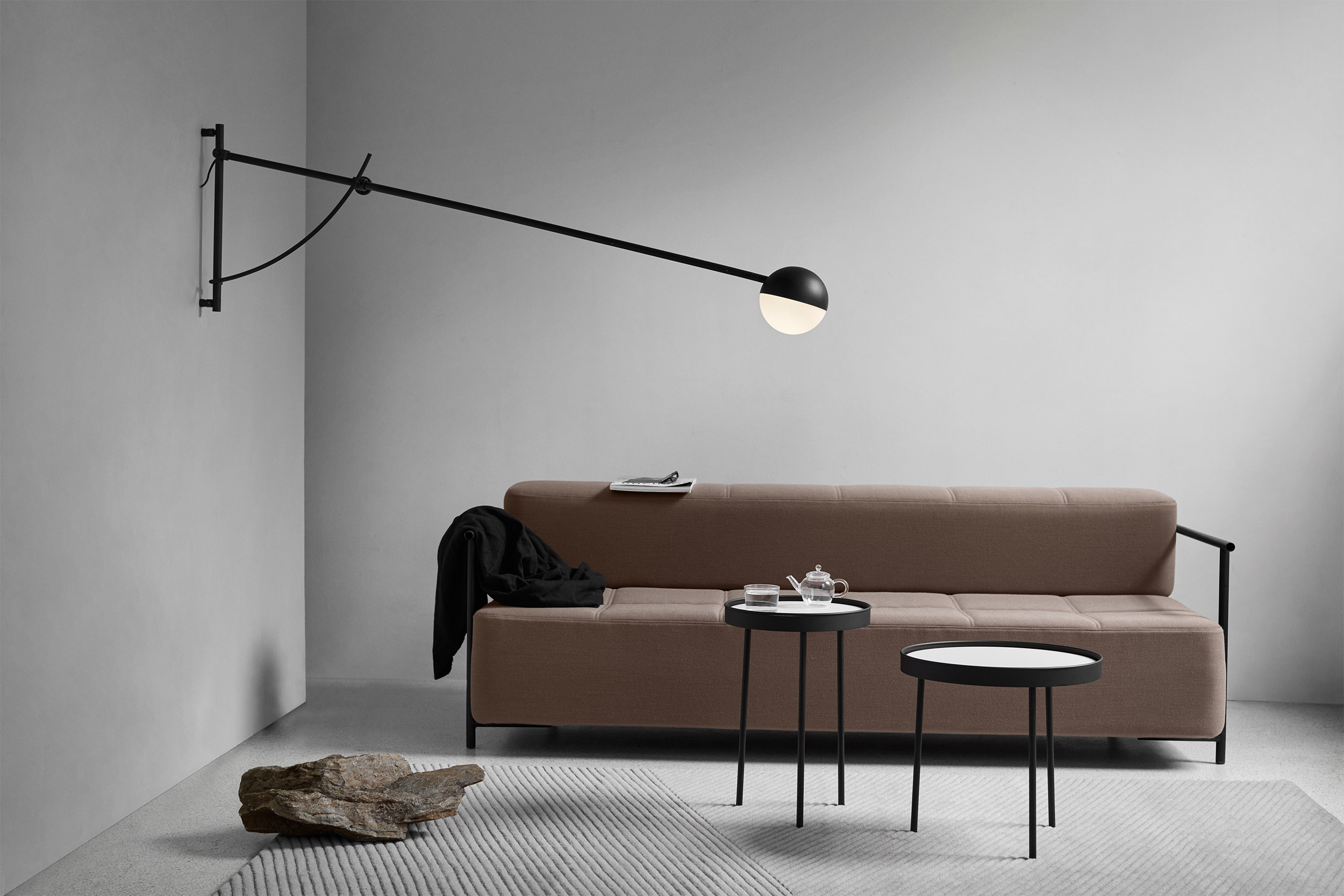 alancer_wall_lamp_livingroom_landscape_Northern