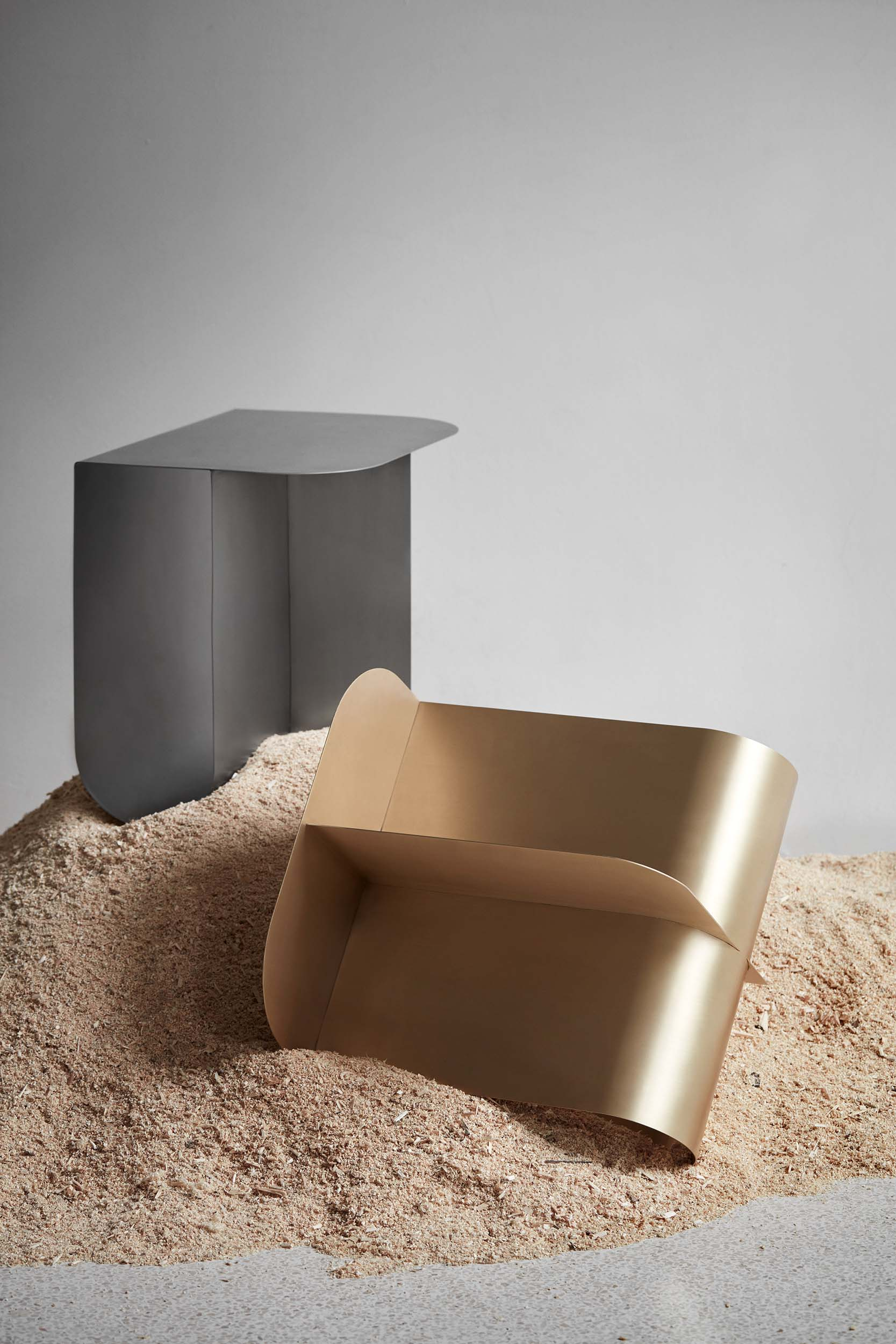 Mass_table_steel_brass_sawdust_Northern_photo_Chris_Tonnesen-Low-res