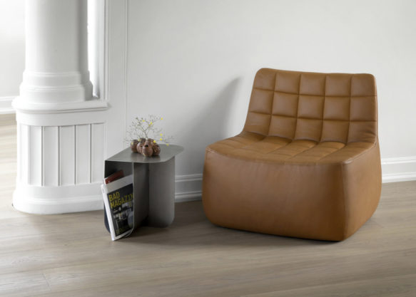 Yam_lounge_chair_leather_Mass_landscape_Northern