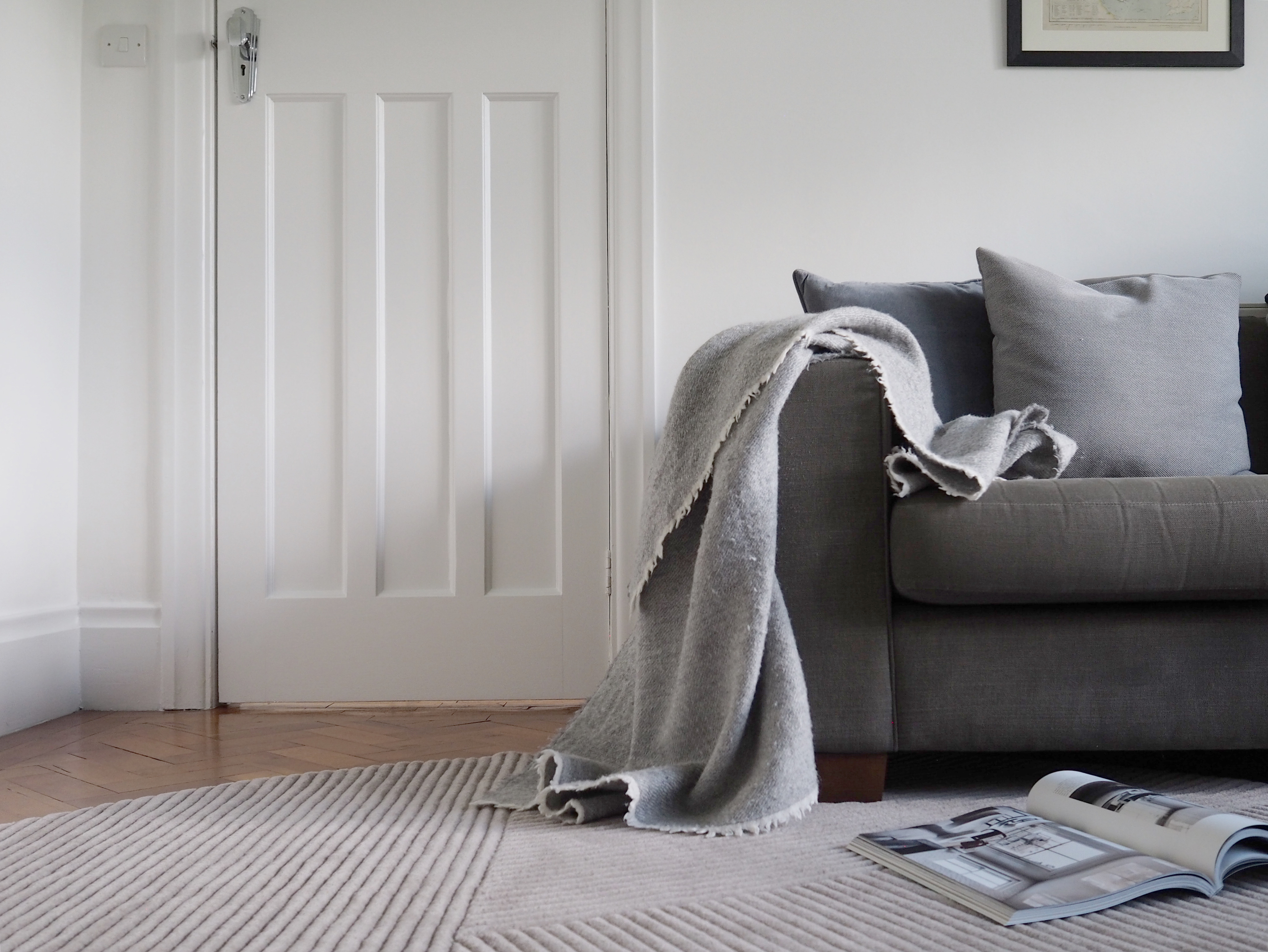 Row_rugs_how_to_pick_the_perfect_rug_living_room_Nicola_Capper.jpg