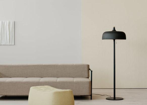 Acorn_floor_lamp_Yam_pouf_livingroom_Northern_Photo_Einar_Aslaksen_Low-res-1.jpg